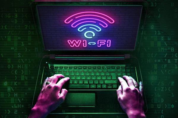 نحوه وصل شدن به وای فای مخفی در گوشی و کامپیوتر - تصویر اصلی